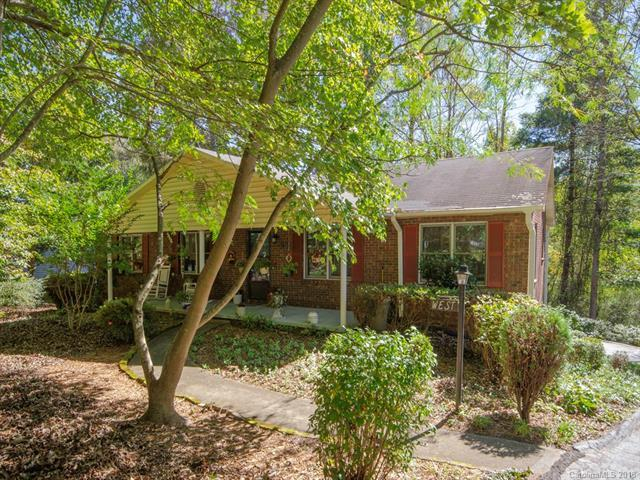 25 English Place, Candler, NC 28715 (#3444444) :: Exit Realty Vistas