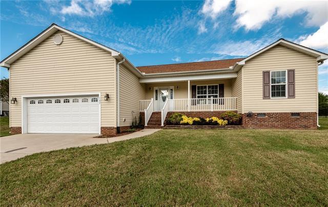 127 Falling Creek Drive, Statesville, NC 28625 (#3444519) :: Mossy Oak Properties Land and Luxury