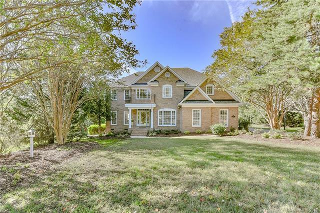 3117 Cardigan Court, Matthews, NC 28104 (#3444566) :: Scarlett Real Estate