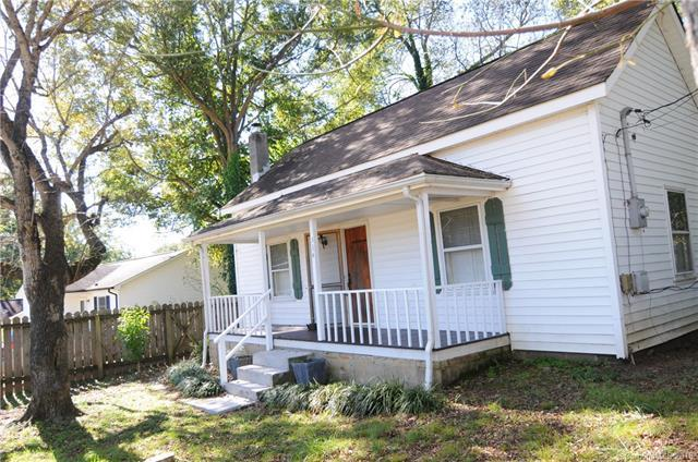 334 D Street, Lincolnton, NC 28092 (#3444649) :: Exit Mountain Realty