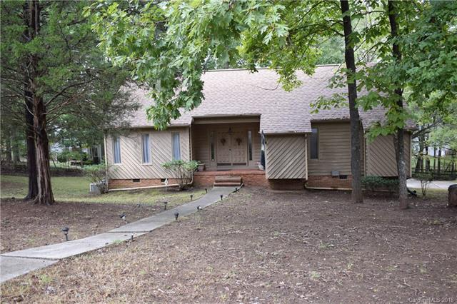 10986 Painted Tree Road, Charlotte, NC 28226 (#3444705) :: Mossy Oak Properties Land and Luxury