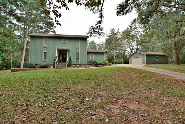 2237 Wintercrest Drive, Rock Hill, SC 29732 (#3444741) :: Mossy Oak Properties Land and Luxury