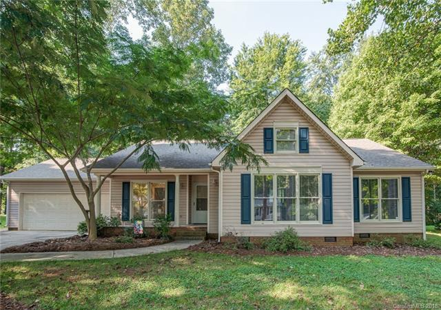 9229 Thayer Road, Charlotte, NC 28214 (#3444745) :: Charlotte Home Experts