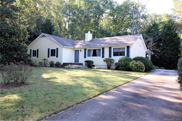 1441 Pine Ridge Drive, Gastonia, NC 28054 (#3444913) :: Rinehart Realty