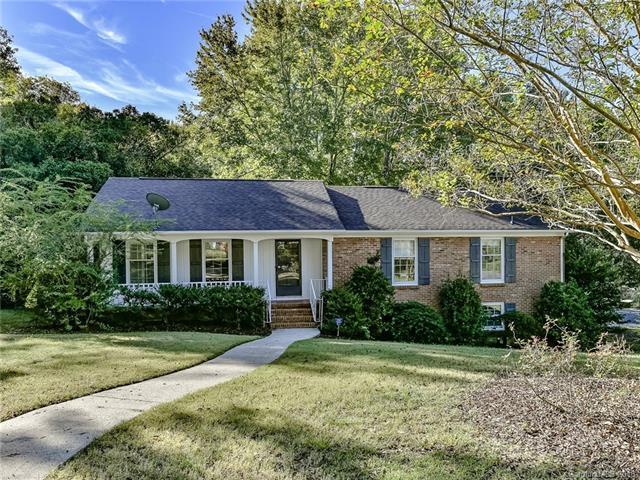 1337 Brockton Lane, Charlotte, NC 28226 (#3444941) :: Stephen Cooley Real Estate Group