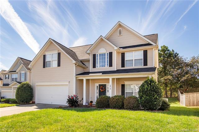 2918 Island Point Drive, Concord, NC 28027 (#3444963) :: The Andy Bovender Team