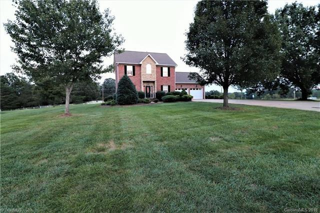 105 Amersham Court, Kernersville, NC 27284 (#3445131) :: The Ramsey Group