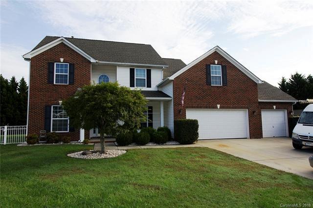 3018 Freesia Place, Matthews, NC 28104 (#3445145) :: Scarlett Real Estate