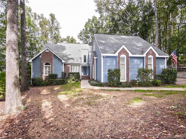 9701 Grasmere Drive, Charlotte, NC 28270 (#3445219) :: Exit Mountain Realty