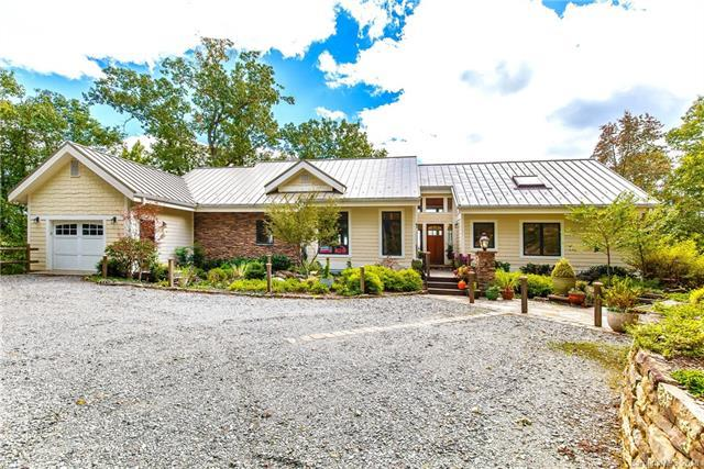 211 Lightning Path, Brevard, NC 28712 (#3445241) :: LePage Johnson Realty Group, LLC
