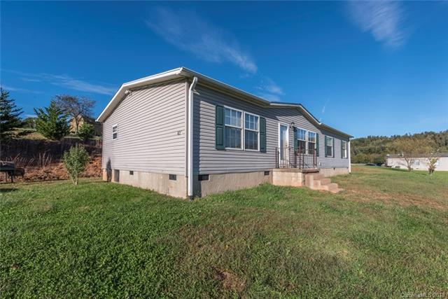 129 Amber Knoll Drive, Hendersonville, NC 28792 (#3445259) :: DK Professionals Realty Lake Lure Inc.