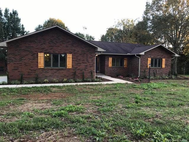 3161 Maiden Road, Maiden, NC 28650 (#3445374) :: The Ramsey Group