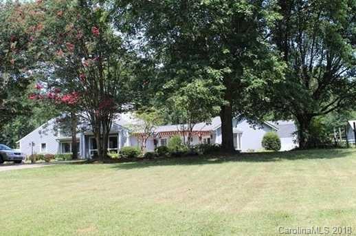 4869 Willow Pond Road, Gastonia, NC 28056 (#3445497) :: Homes Charlotte