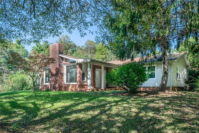 15 Bowman Ridge Road, Hendersonville, NC 28739 (#3445503) :: Homes Charlotte