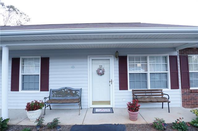 131 24th Street, Hickory, NC 28601 (#3445591) :: Herg Group Charlotte