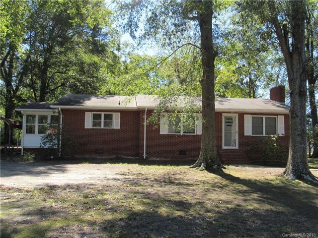 414 E Union Street, Marshville, NC 28103 (#3445799) :: The Andy Bovender Team