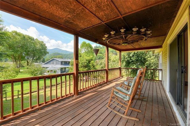 41 Clover Place, Waynesville, NC 28785 (#3445807) :: Exit Mountain Realty