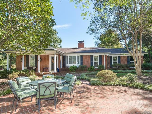 2118 Miranda Road, Charlotte, NC 28216 (#3445864) :: The Ramsey Group
