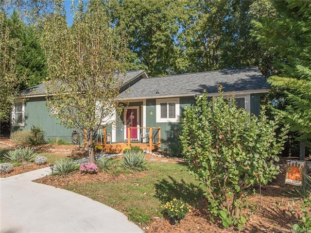 3101 Point Clear Drive, Tega Cay, SC 29708 (#3445907) :: Puma & Associates Realty Inc.