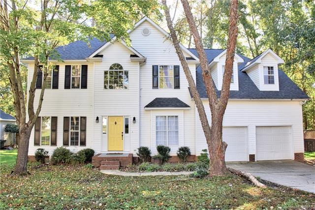 8606 Cedar Hollow Lane, Huntersville, NC 28078 (#3445911) :: Roby Realty
