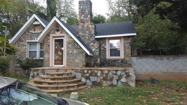 4015 Glenwood Drive, Charlotte, NC 28208 (#3446000) :: MartinGroup Properties
