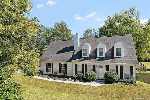 394 Queens Drive, Concord, NC 28025 (#3446205) :: The Ramsey Group