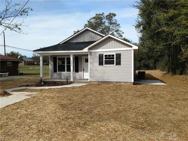 1007 Indiana Street, Kannapolis, NC 28083 (#3446512) :: Washburn Real Estate
