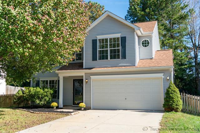 8418 Newfane Road, Charlotte, NC 28269 (#3446599) :: Stephen Cooley Real Estate Group