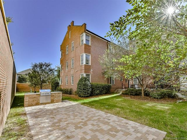 920 Monticello Terrace #204, Charlotte, NC 28204 (#3446958) :: Exit Mountain Realty