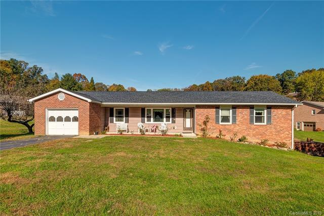 107 Falling Waters Road, Hendersonville, NC 28792 (#3447115) :: Exit Mountain Realty