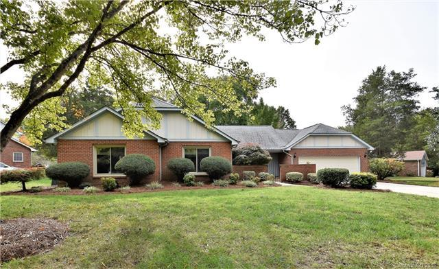 7728 Ridgeloch Place, Charlotte, NC 28226 (#3447123) :: Exit Mountain Realty