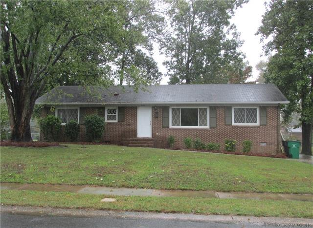 844 Squirrel Hill Road, Charlotte, NC 28213 (#3447284) :: Rinehart Realty