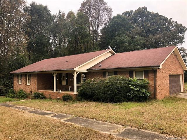 3315 Kelly Road, Charlotte, NC 28216 (#3447382) :: Exit Mountain Realty