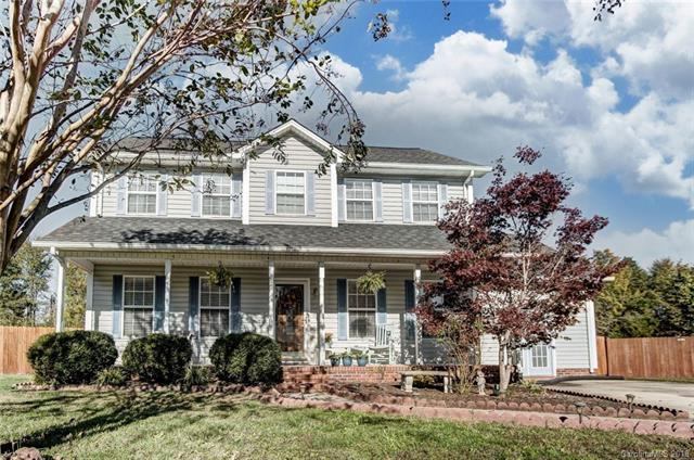 844 Saint Andrews Place, Concord, NC 28025 (#3447470) :: MECA Realty, LLC