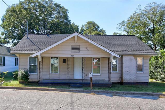 609 A Street E, Newton, NC 28658 (#3447754) :: LePage Johnson Realty Group, LLC