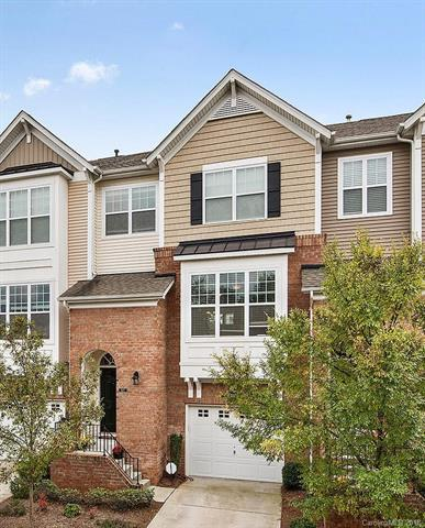 827 Skybrook Falls Drive, Huntersville, NC 28078 (#3447856) :: Roby Realty