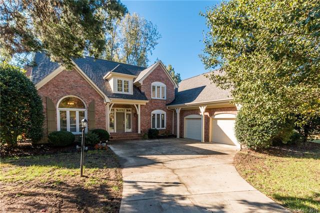 6412 Cedar Croft Drive, Charlotte, NC 28270 (#3447873) :: The Ramsey Group