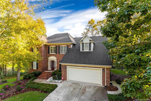 5417 Fairvista Drive, Charlotte, NC 28269 (#3447953) :: Odell Realty