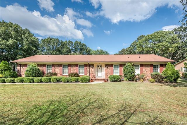 157 Sturbridge Drive, Charlotte, NC 28214 (#3448072) :: Carlyle Properties