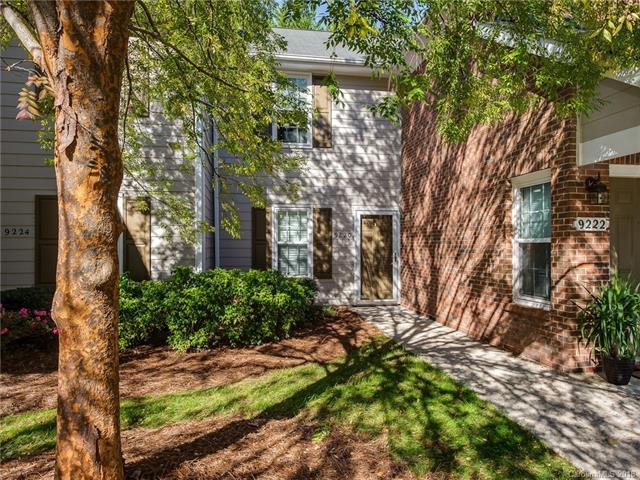 9220 Kings Canyon Drive, Charlotte, NC 28210 (#3448104) :: Team Honeycutt