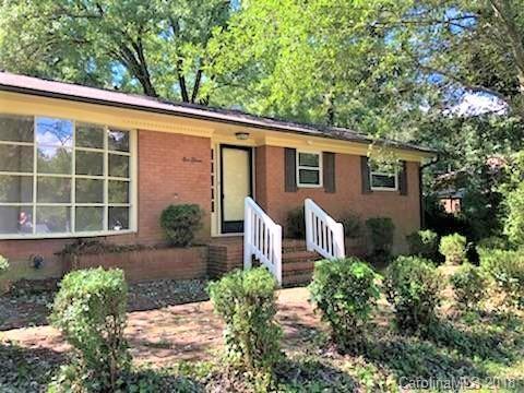 111 Kingsway Circle, Charlotte, NC 28214 (#3448280) :: Rinehart Realty