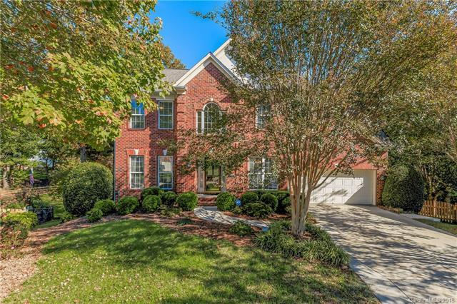 7624 Ridgefield Drive, Charlotte, NC 28269 (#3448482) :: The Premier Team at RE/MAX Executive Realty