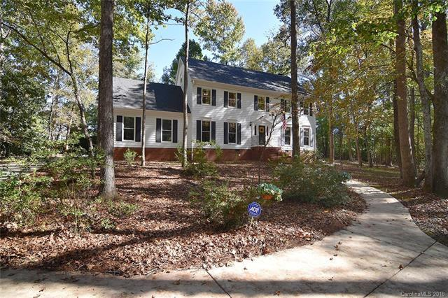 1526 Old Tara Lane, Fort Mill, SC 29708 (#3448518) :: Miller Realty Group
