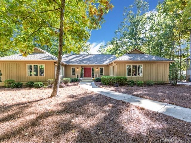 6 Honeysuckle Woods, Lake Wylie, SC 29710 (#3448588) :: TeamHeidi®