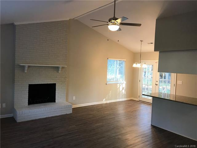 6700 Bellows Place, Charlotte, NC 28227 (#3448810) :: Rinehart Realty
