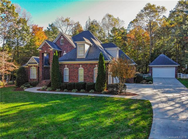 832 Savile Lane, Fort Mill, SC 29715 (#3448824) :: Exit Mountain Realty