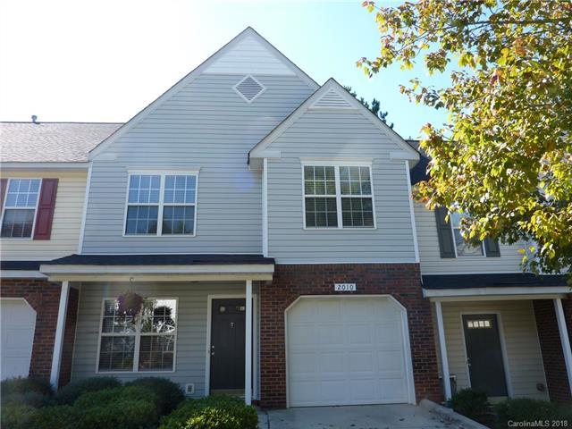 2010 University Heights Lane, Charlotte, NC 28213 (#3448835) :: High Performance Real Estate Advisors