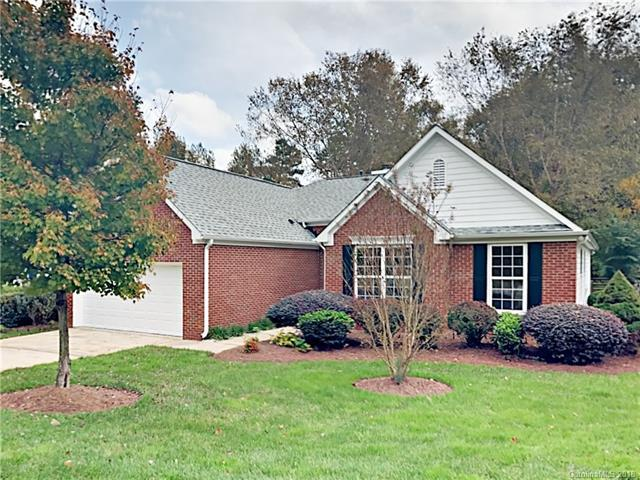 12020 Fox Glen Road, Charlotte, NC 28269 (#3449179) :: The Premier Team at RE/MAX Executive Realty