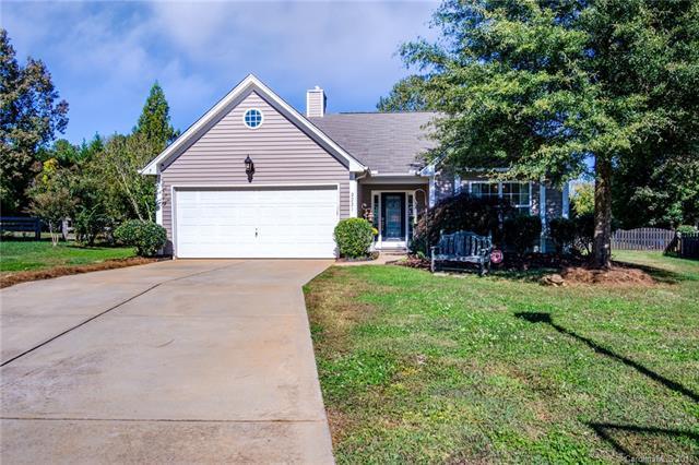 2221 Minstrels Way, Fort Mill, SC 29707 (#3449391) :: Phoenix Realty of the Carolinas, LLC