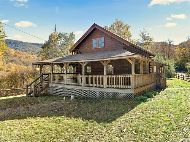967 Spruce Flats Road, Maggie Valley, NC 28751 (#3449444) :: Exit Mountain Realty